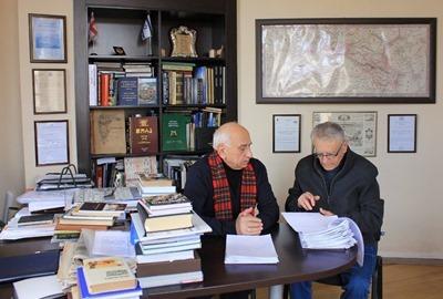 Direktor Muzeja Prof. Givi Ghambashidze (sleva) & Prof. Shalva Tsitsuashvili (Izrail)